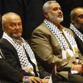 Galloway Haniyeh  Quand Malik Obama, le frère de Barack Obama, rejoignit le Hamas et déclara: «Jérusalem est à nous; nous arrivons»
