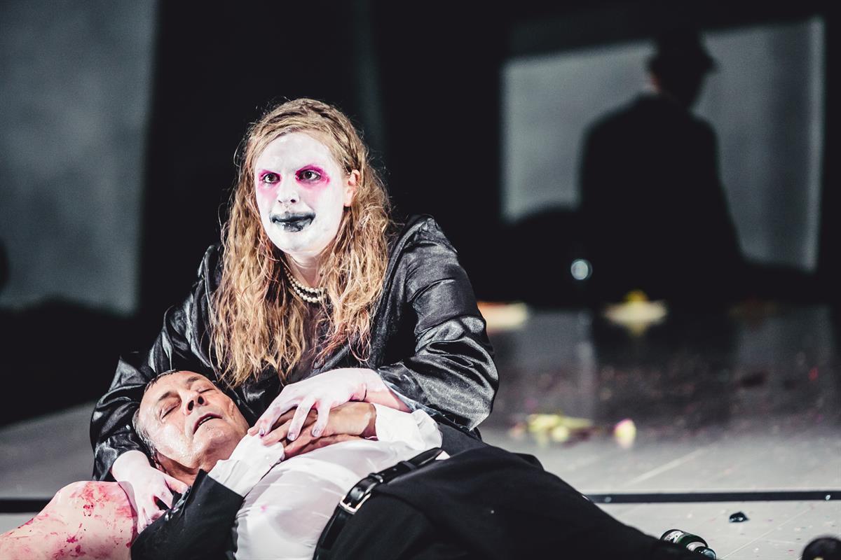 Das-Narrenschiff-von-Katherine-Anne-Porter-Regie-Dušan-David-Pařízek © www.lupispuma.com / Volkstheater