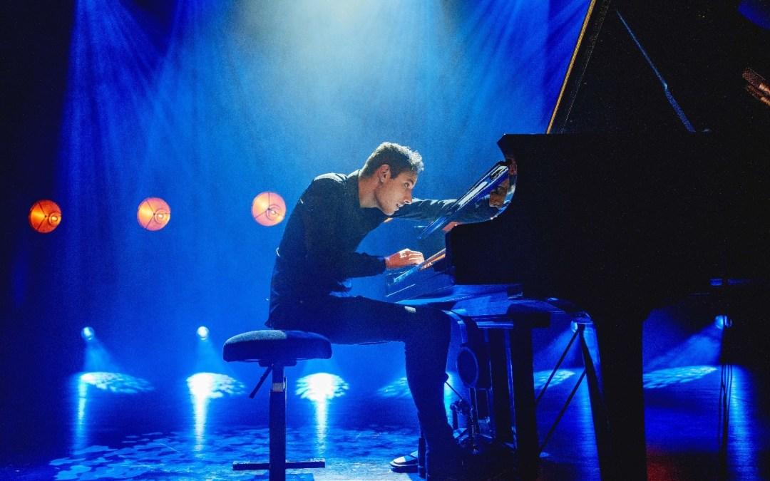 Klavierspielen bedeutet viel mehr, als nur die Tasten zu drücken