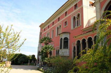 Venetian-style Villa Ephrussi de Rothschild entrance