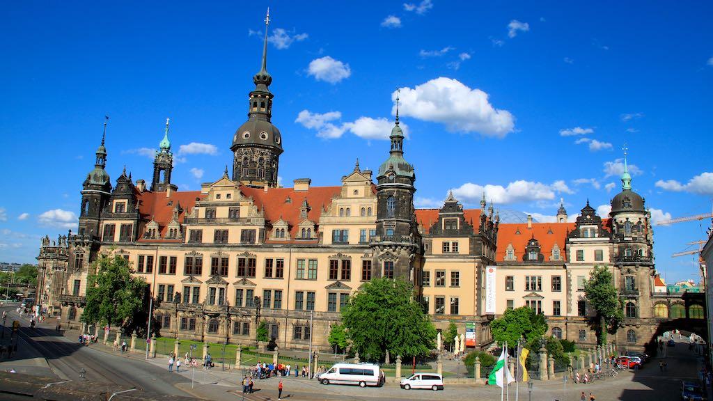 Transportation from Dresden to BerlinSchnefeld Airport SFX