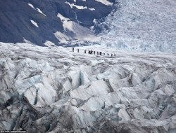 Svinafellsjokull glacier in Iceland, used for the more dramatic scenes North of the Wall (dailymail.co.uk)