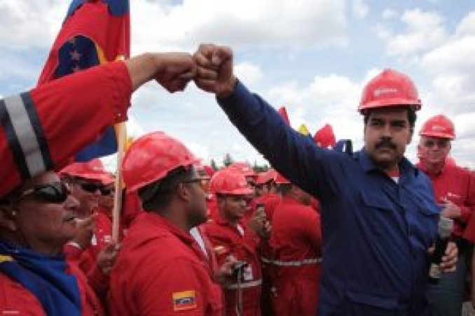 Venezuela-Chavista-In_Hugh
