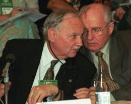maurice-strong-mikhail-gorbachev