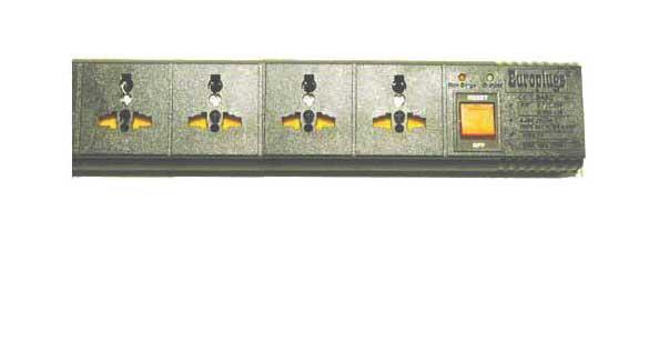 WES.T4_black, 3rd Gen 4-Outlet Univ. Power Strip