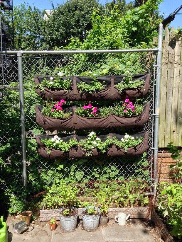 Front Yard Garden Decor