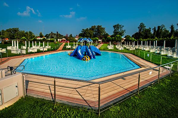 Piscine Castiglione realizza le piscine per il Seven