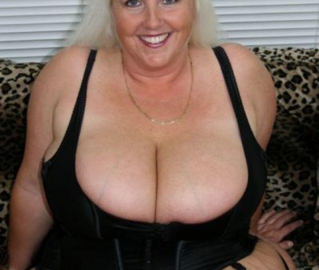 Viper Reccomend Mature Busty Horny Granny Best