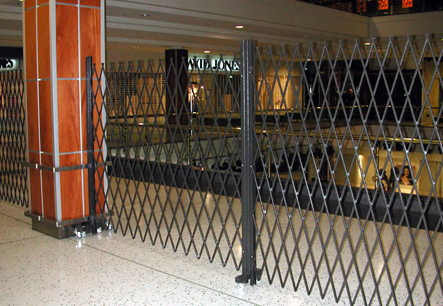 Mobile Trackless Trellis Security Doors  Eurotec Melbourne
