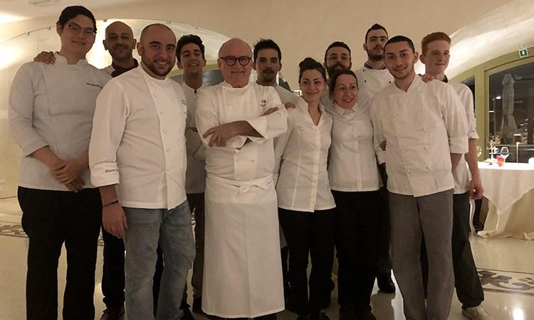 Duetto in cucina al Florian Maison Gaetano Trovato ai fornelli con De Martino