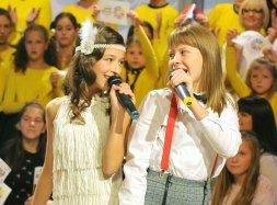 Irina Brodić and Jana Paunović. Image souce: junioreurovision.tv