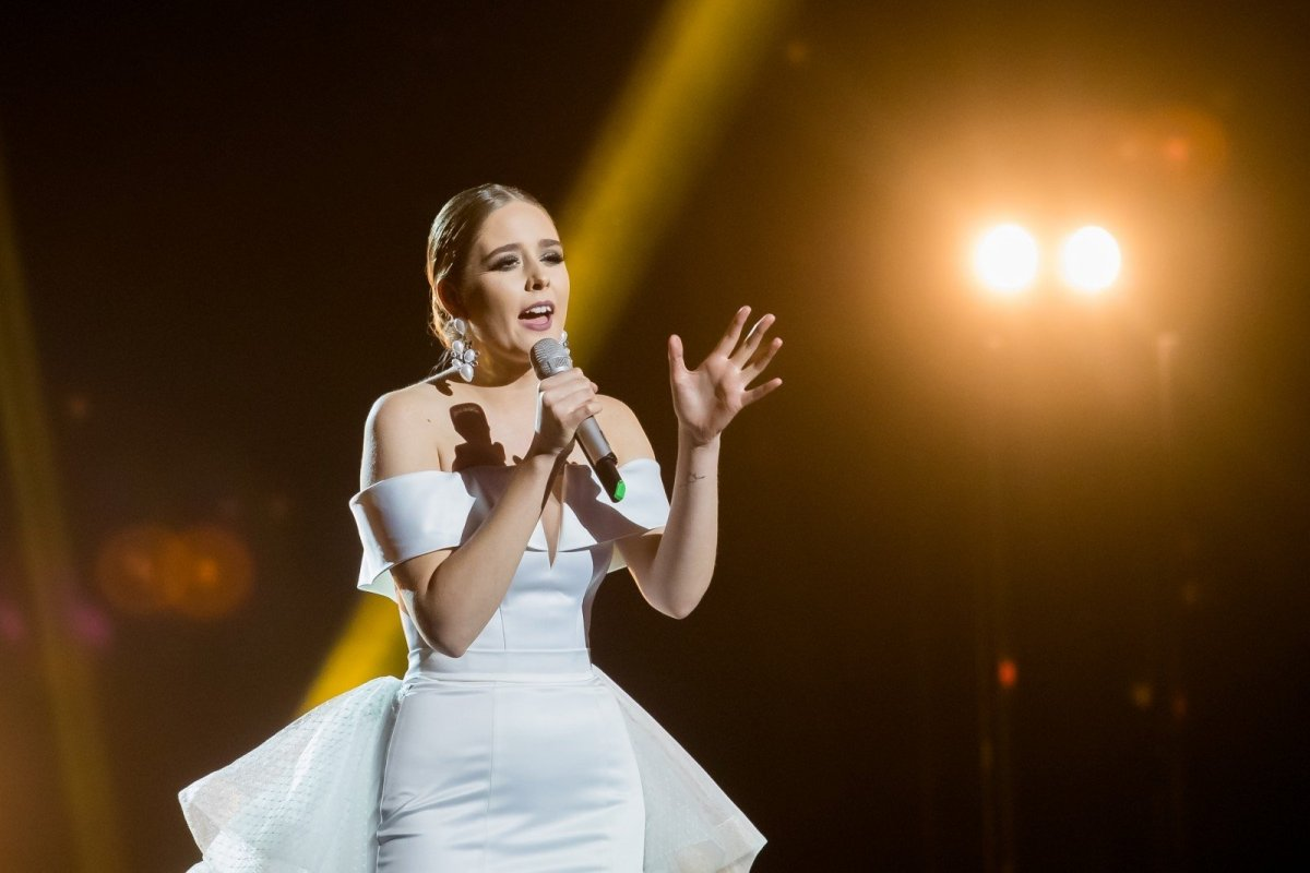 "Lithuania: Monika Marija Calls On Fans Not to Vote For ""Criminal"""