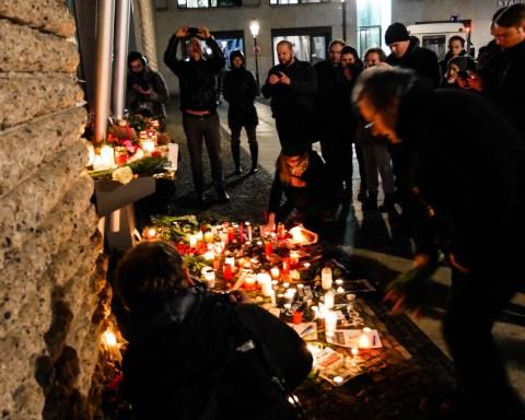 Copyright: Thierry Chervel - 2015 - Manifestation de solidarite pour Charlie Hebdo.