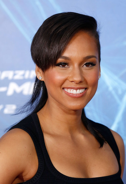 """Singer/musician Alicia Keys attends """"The Amazing Spider-Man 2"""" premiere at the Ziegfeld Theater on April 24, 2014 in New York City"""