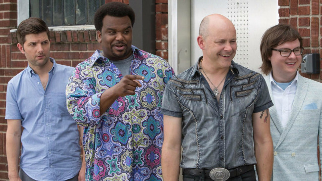 Craig Robinson on Recreating Lisa Loeb's 'Stay' for 'Hot Tub Time
