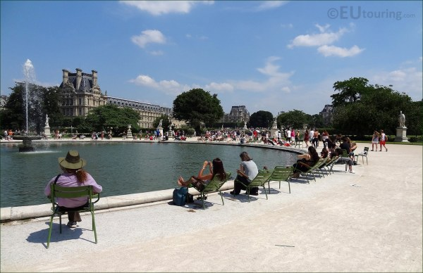 Louvre With Water Fountain Tuileries