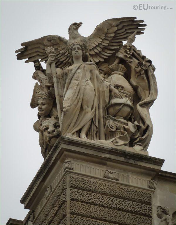 Le Louvre Paris Statues Sculptures