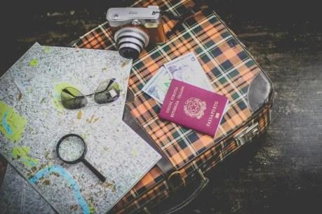 unsplash-documentos-passaporte