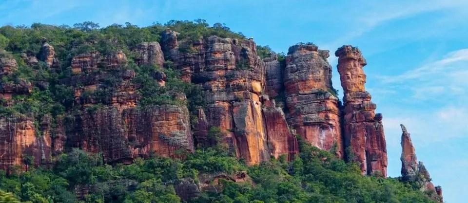 10-destinos-nacionais-para-visitar-quando-a-quarentena-acabar-serra-do-roncador-o-globo