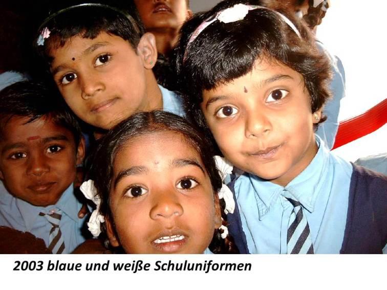 2003 blaue Schuluniformen