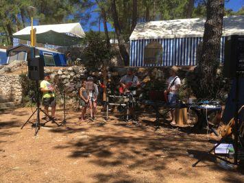 Band auf dem Camp