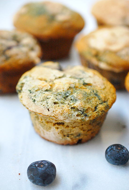 whole wheat blueberry lemon muffins with streusel