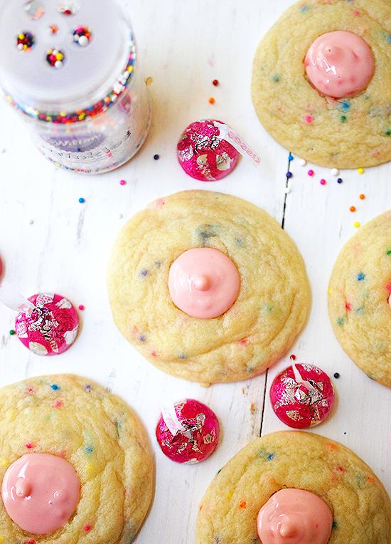 Strawberry ice cream cone kiss cookies