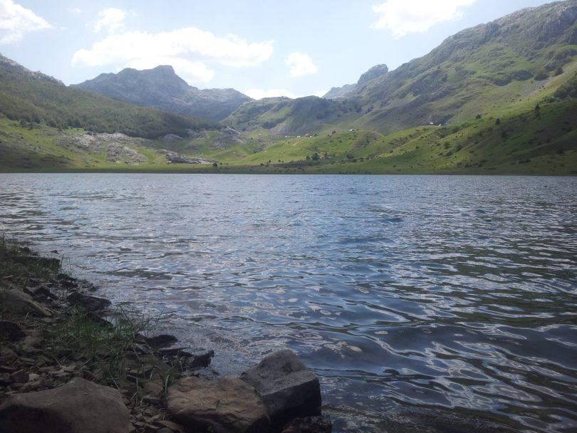 Rikavačko Jezero | Amazing Albanian Alps in the background