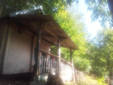 planinarsko-skloniste-ivine-vodice-paklenica-via-dinarica-croatia