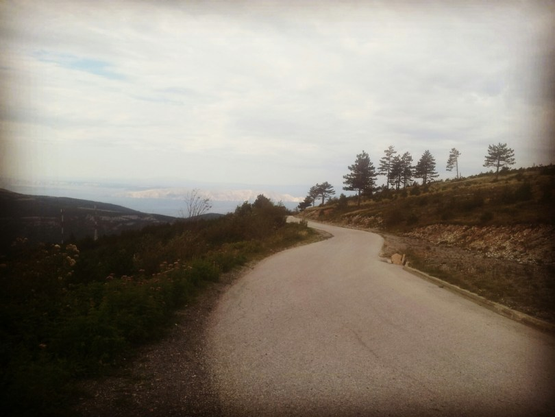 road-to-krivi-put-northern-velebit-hiking-via-dinarica-croatia