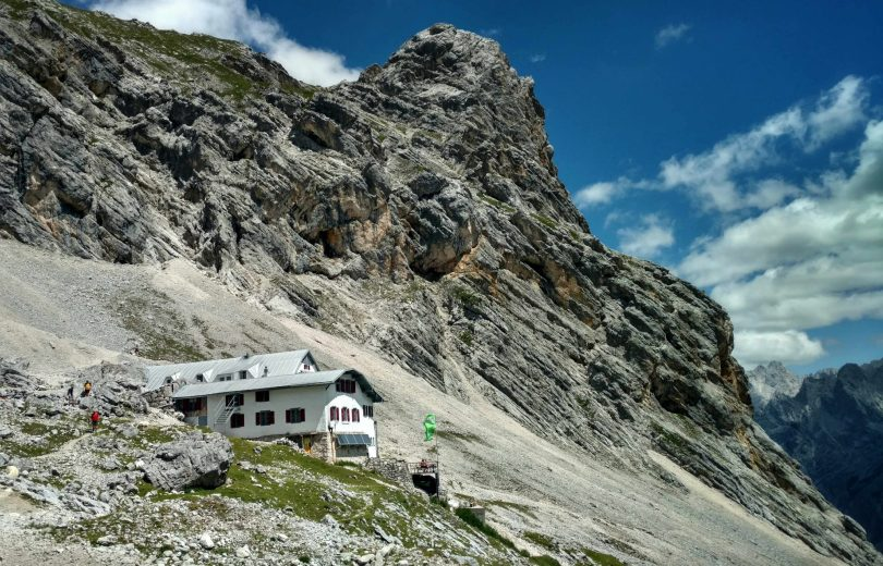 Knorrhütte_via_alpina