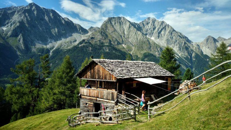 Außerweger_Alm_Süd_Tirol_via_alpina