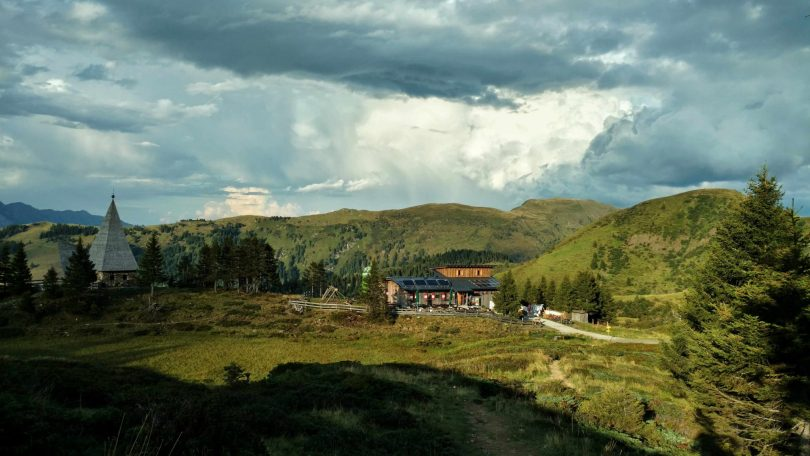 Zollnersee_Hütte_via_alpina