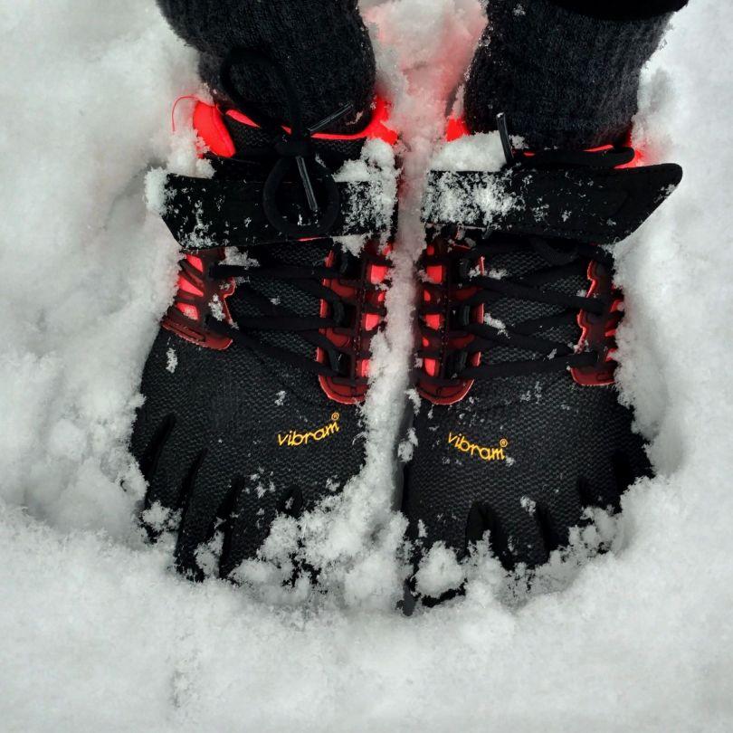 Vibram FiveFingers in the snow   V-Train is pretty winterproof