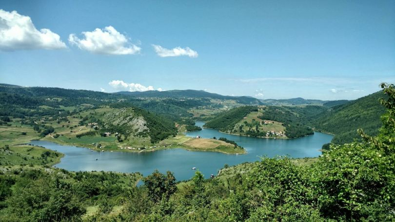 Šaponsjki vrh view on Uvačko jezero