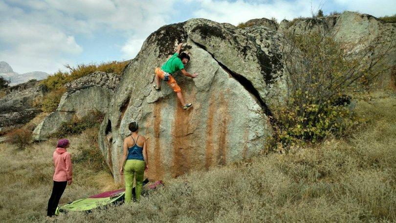 Dimitar bouldering in Prilep