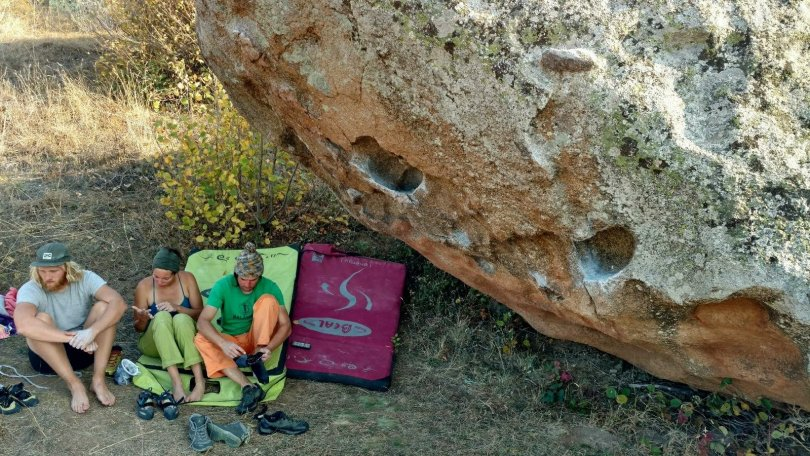 BOULDERING in Prilep Baba Low
