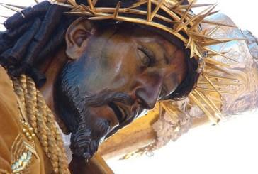 """""""La luz de Jesús es diferente""""  """"Donde está Jesús siempre hay humildad, docilidad y amor""""       Papa Francisco       Hora santa                    Parroquia de San Pío X"""