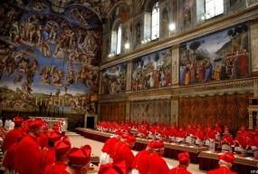 Según unos no practicantes: elección popular no conclave.