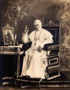Papa-Pio-X-Modesto-y-sencillo