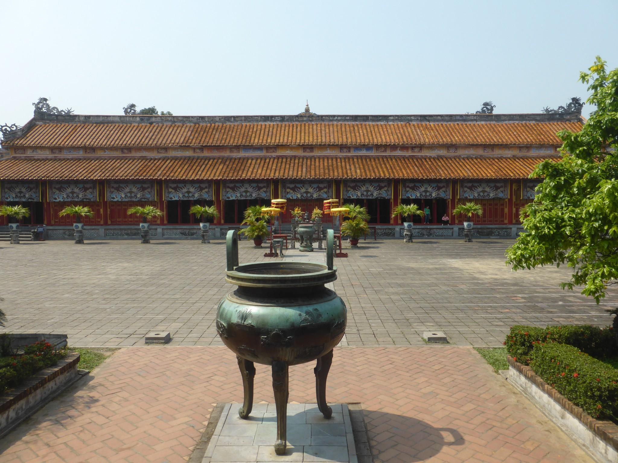 Hang Mieu Temple Hué