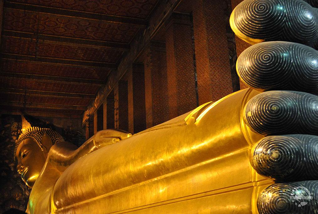 Bouddha couché Bangkok