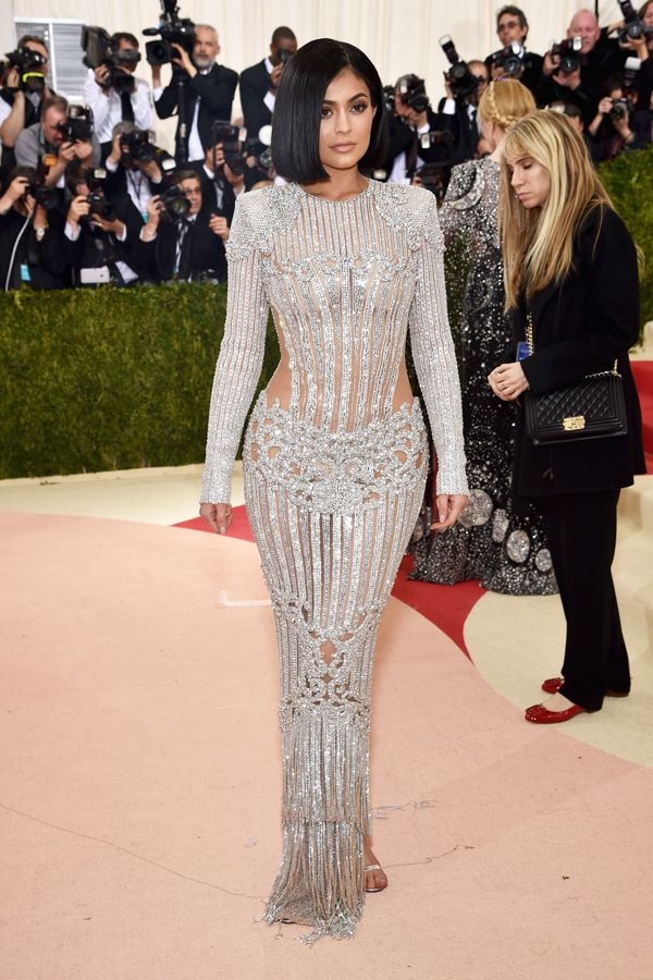 Kylie-Jenner-Met-Gala-2016-Red-Carpet