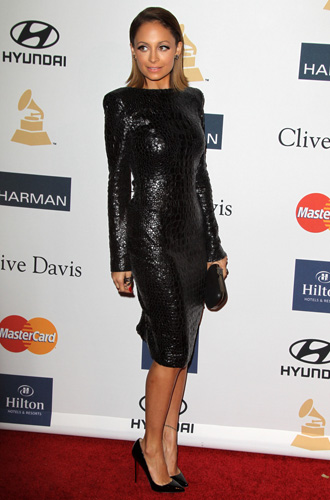 Nicole-Richie-all-black-with-little-black-dress