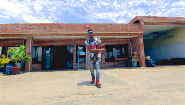 behind-the-scene-from-lxe-ft-sound-sultan-hustle-video-1