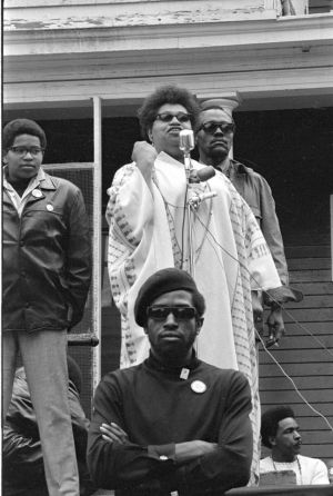 Black-Panthers-016-04