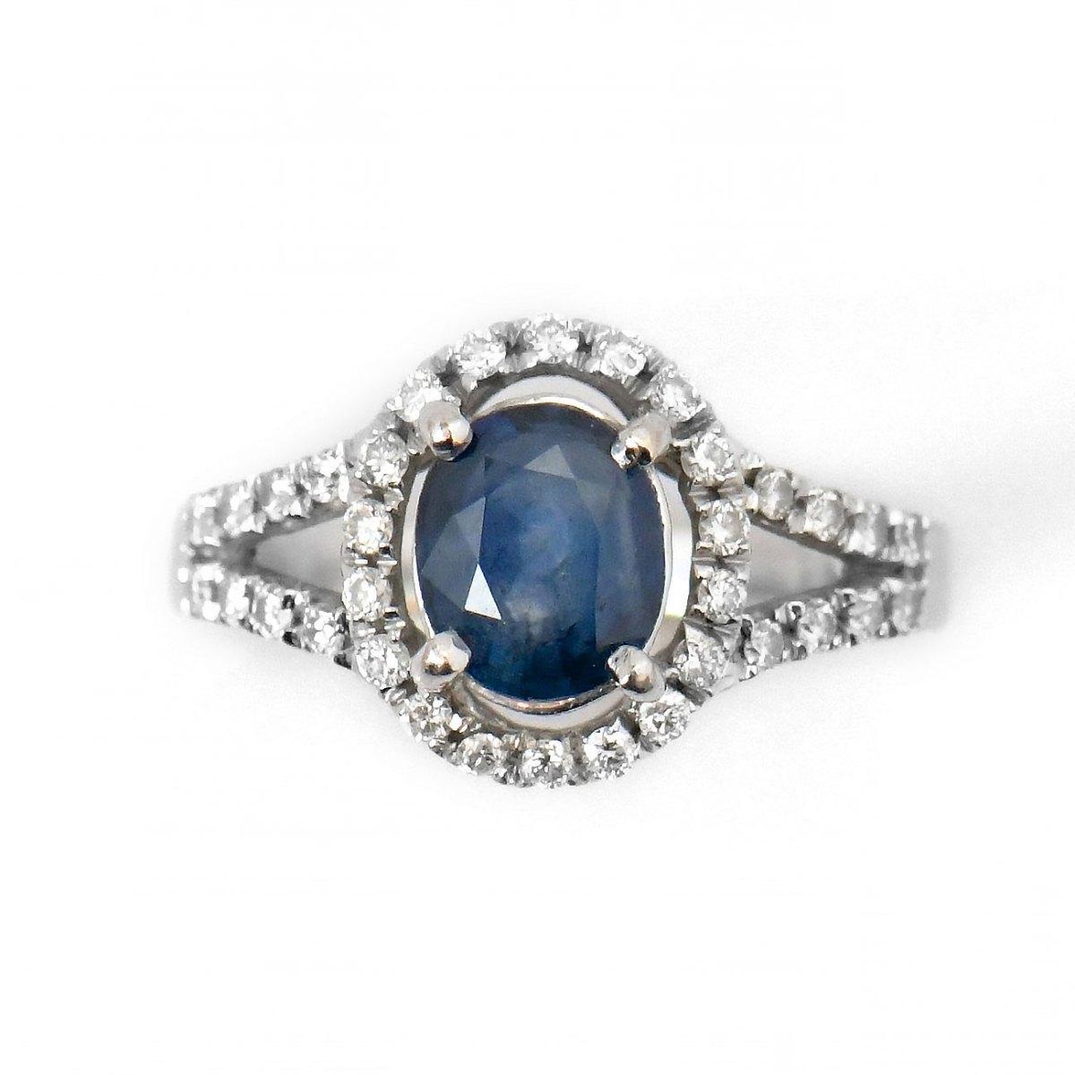Bague Saphir bleu et diamants sur Or blanc 750/1000e |Référence : BA-B18703