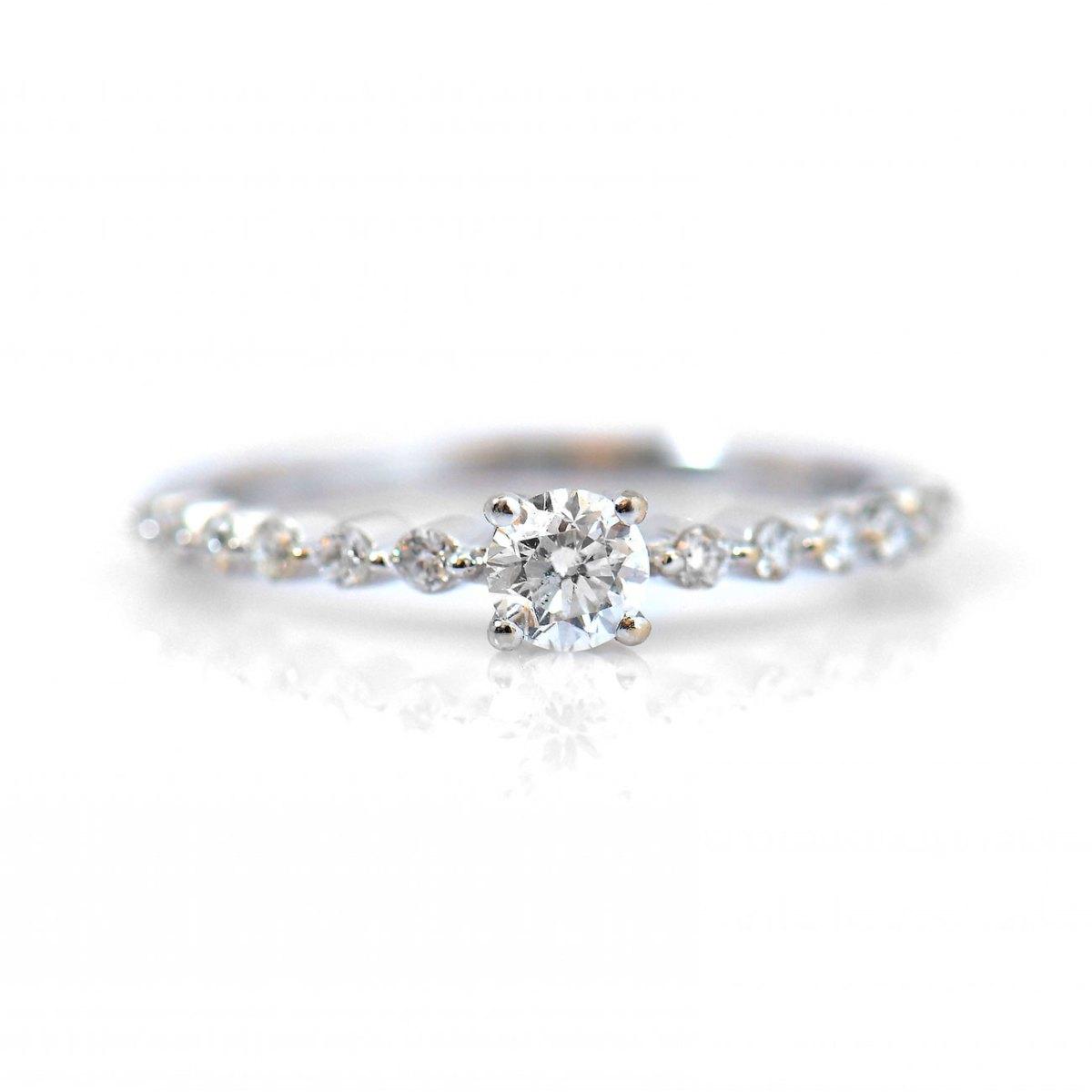 Bague diamants, 12 diamants latéraux 0,18ct, serti griffes sur or blanc 750 ‰ | Réf. BA-B18293 |EVENOR Joaillerie • Bijoux neufs - bijoux Vintage