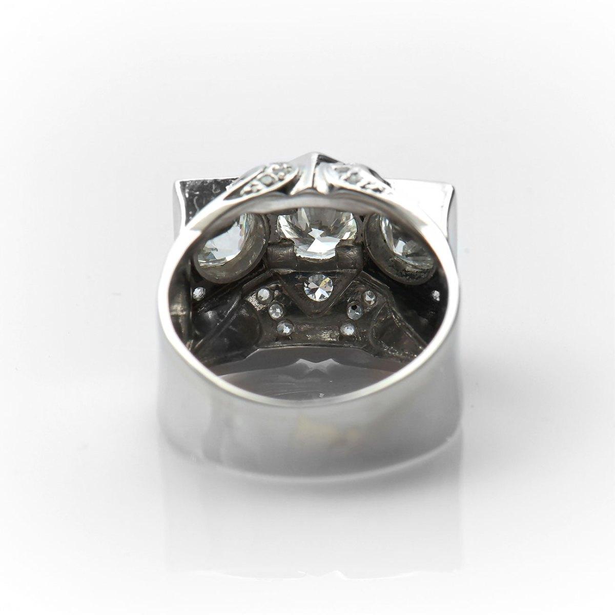 Bague Tank platine, trois diamants, 2,63ct, T.57-58 • Réf. BA-B18885 | EVENOR Joaillerie • Bijoux neufs • Bijoux Vintage • Bijoux d'occasion