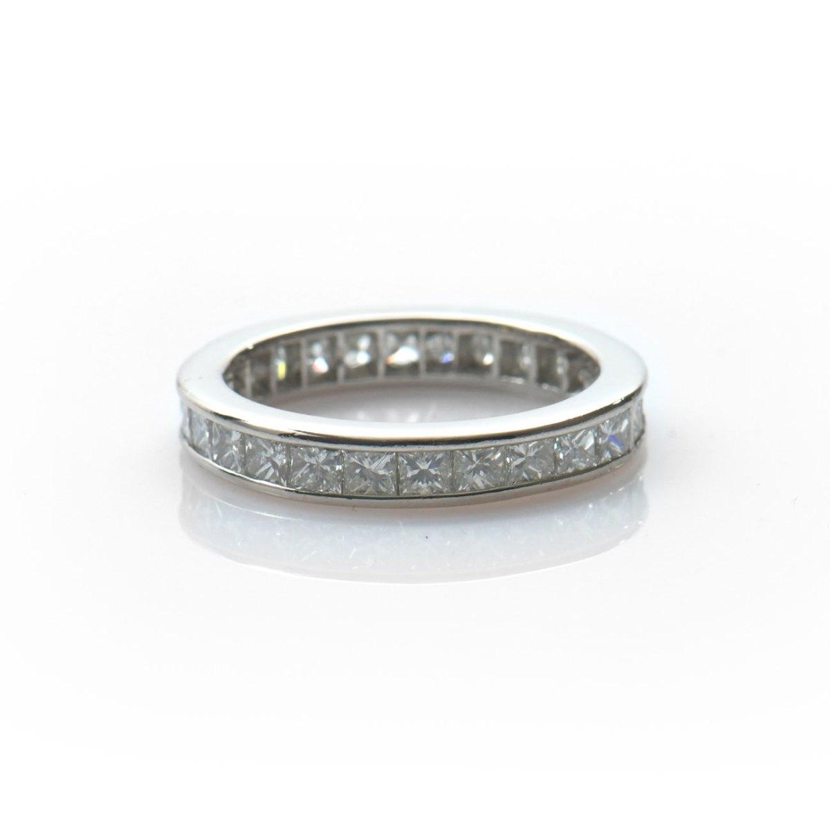 Alliance américaine platine diamants princesse, taille 54, Réf. BA-B18930 | EVENOR Joaillerie • Bijoux neufs • Bijoux Vintage et d'occasion
